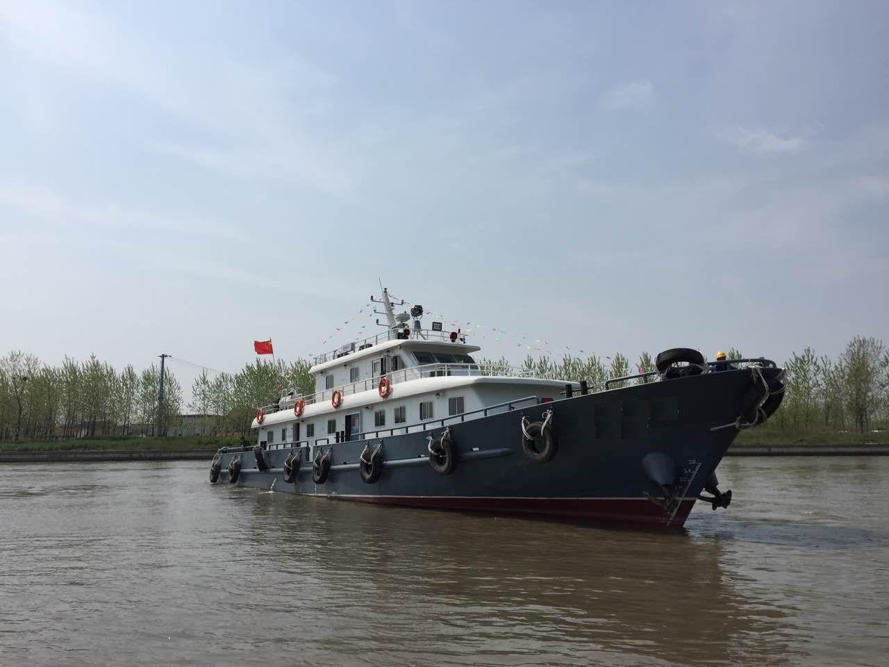 900马力交通运输船