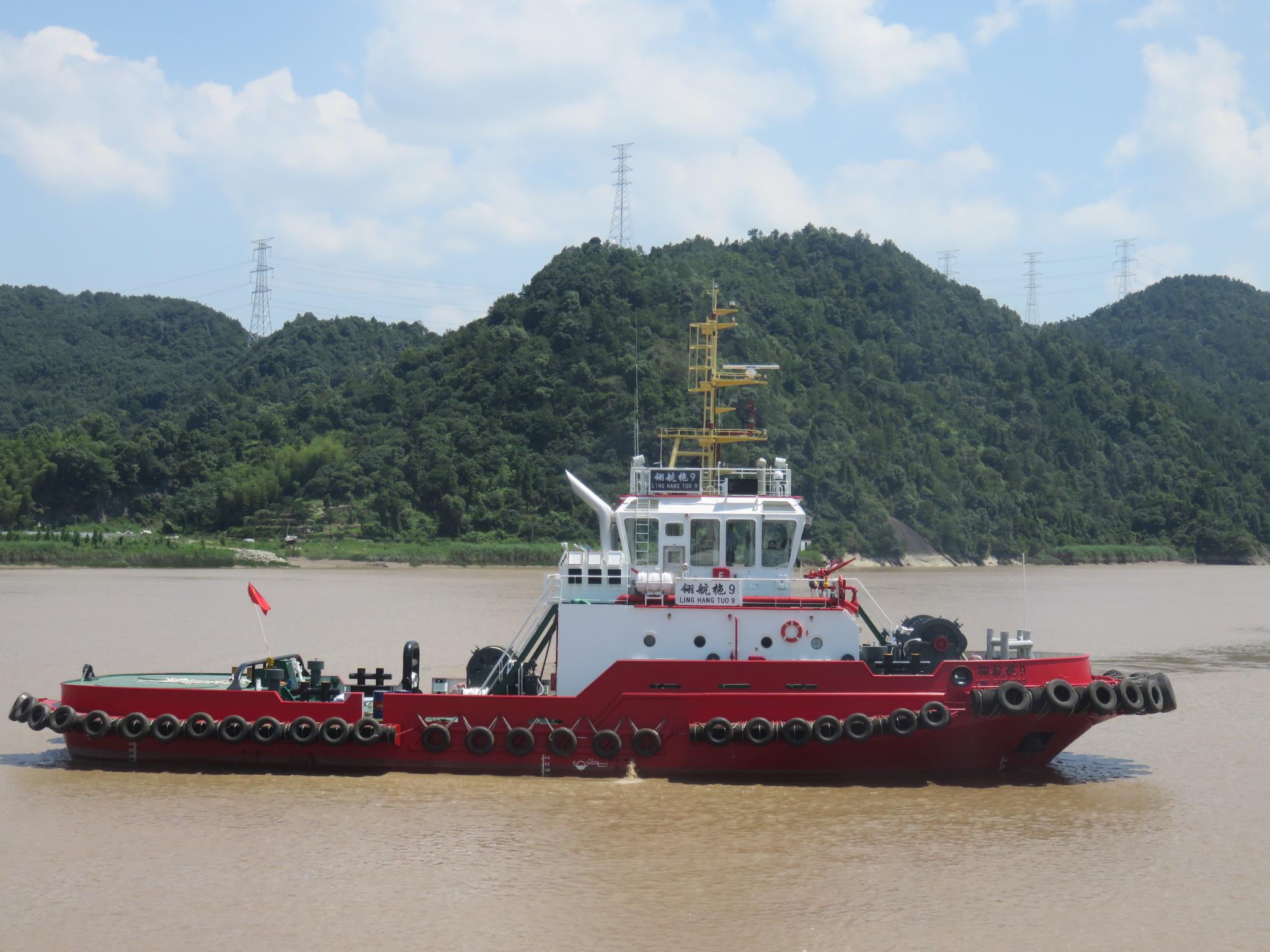 6000马力多用途消防全回转拖轮(靠离泊作业、消防守护、海上拖带)