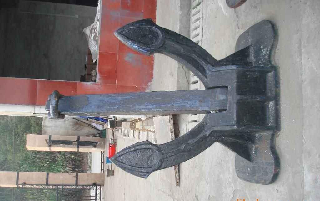 二手锚链、斯贝克锚、霍尔锚、海军锚、旧艉轴、锚缆机等拆船件
