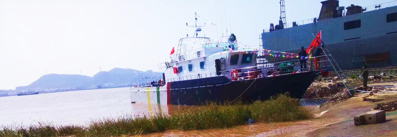 专业订制各类钓鱼艇 游艇 工作艇 海钓艇 高速艇电话:13958669587