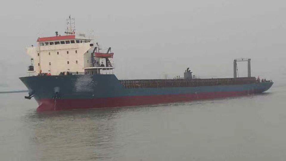 自航甲板驳船出租
