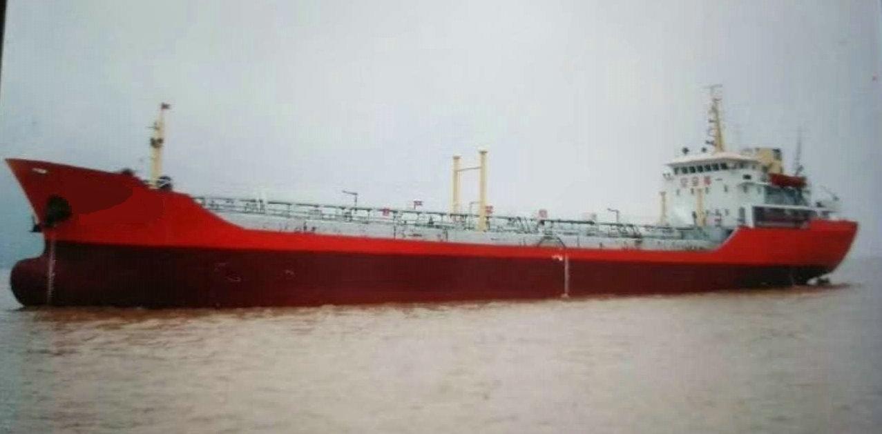 售2006年3400T沿海双壳一级油船