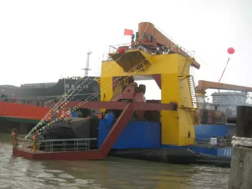 6000M3耙吸挖泥船