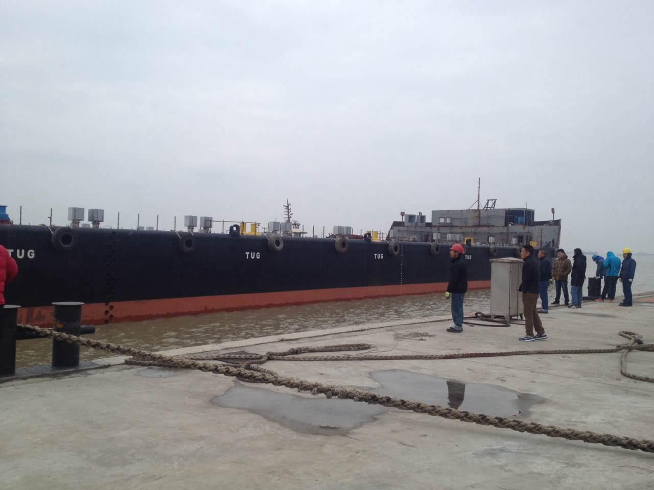 20000吨非自航甲板驳