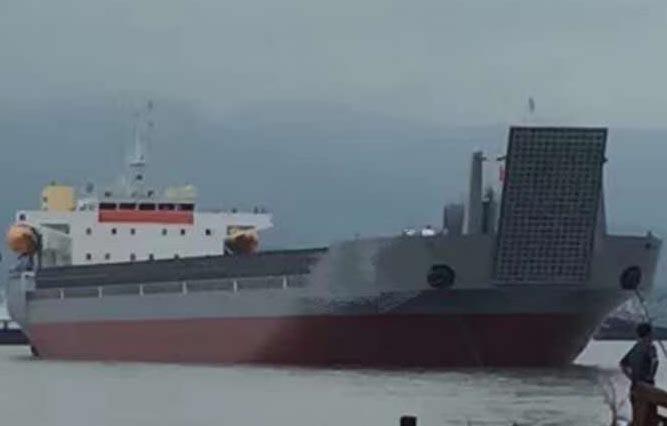 出售2016年造13000吨远海自航驳船