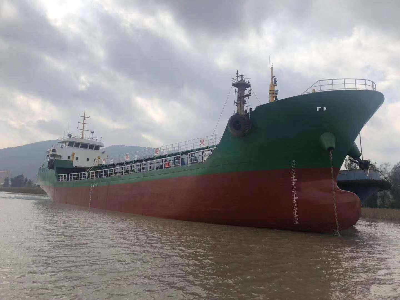 出售2010年造1000吨正规轻油船