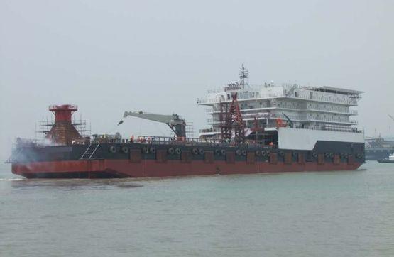 120米住宿驳船