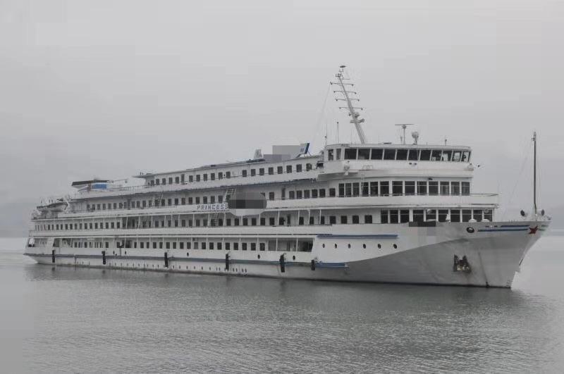 大型内河客船