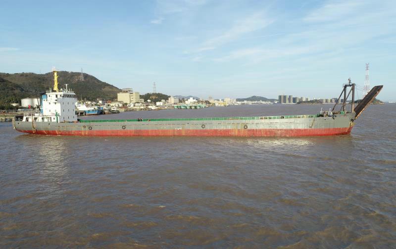 售:2008年沿海2000T甲板货船