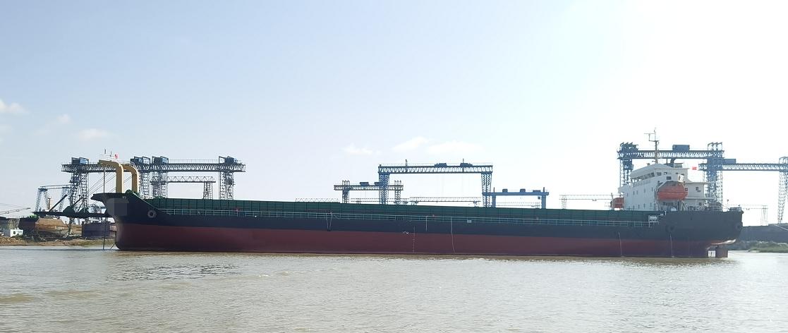 出售10000吨甲板驳新船