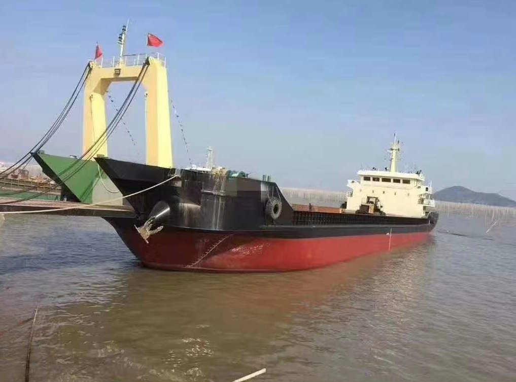 售:2017年沿海3100吨甲板货船